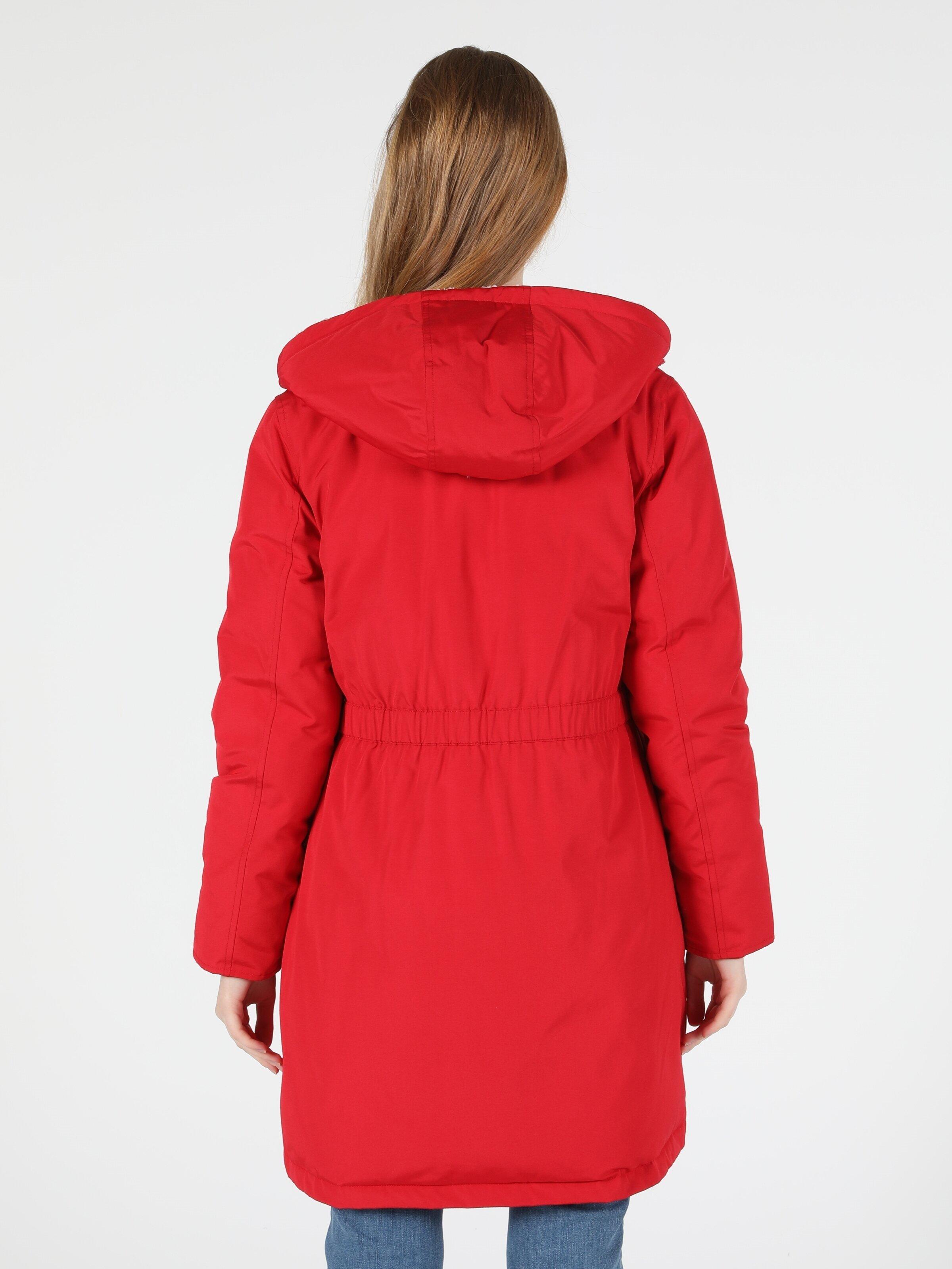 Показати інформацію про Пальто Жіноче Червоне Класичного Крою Cl1050293