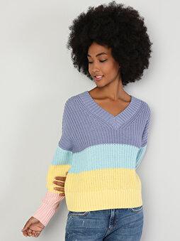 Зображення жіноче светр