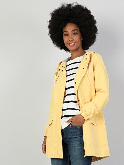 Зображення Жовтий жін. Куртки