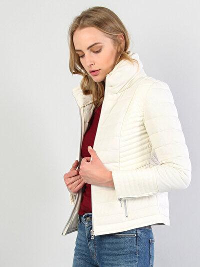 Зображення Білий жін. Куртки